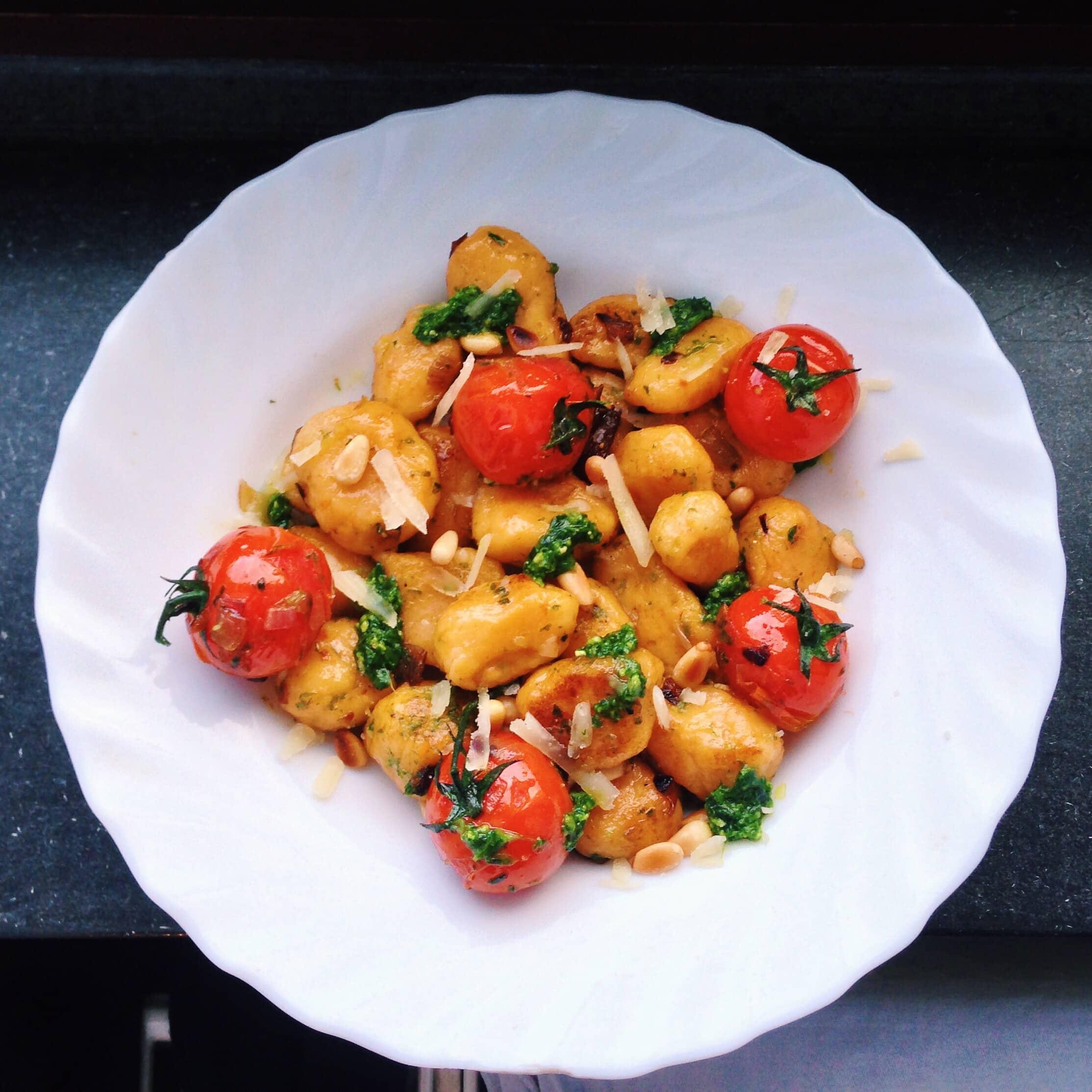Süßkartoffel Gnocchi mit Bärlauchpesto